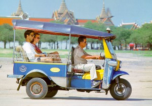 tuktuk at sanam luang